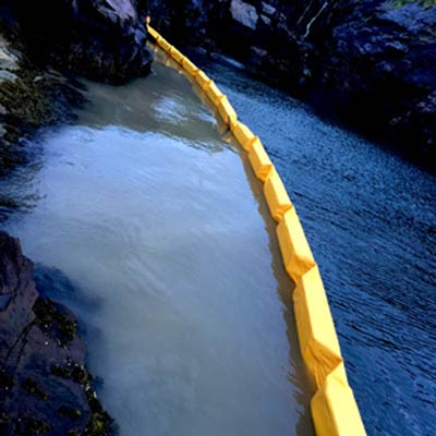 Floating turbidity barrier